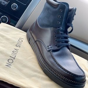 louis vuitton boots size 10